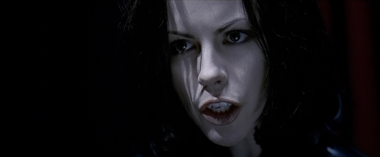 Horror Movies and Beer!: Kate Beckinsale is looking (UN ...