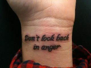 Lirik Lagu Don't Look Back in Anger Dunialiriklagu.info
