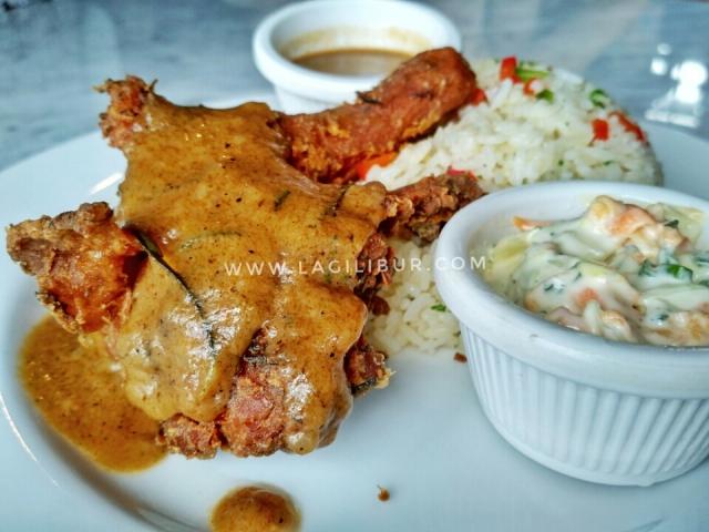 Crispy Chicken Rosemary Liberica Solo