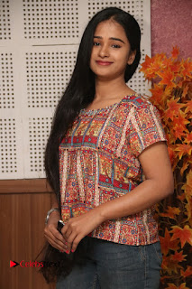 9 Giragankalum Ucham Petravan Tamil Movie Pooja Stills  0022.jpg