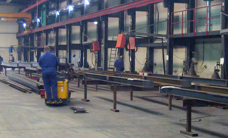 Транспортировка фасонных деталей на участок сборки-сварки металлических конструкций