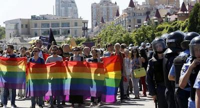"""""""Марш равенства"""" ЛГБТ в Киеве прошел без серьезных правонарушений"""