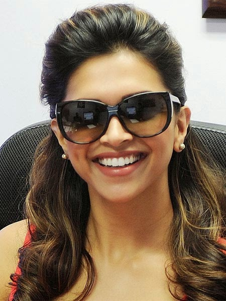 Buy womens sunglasses at Snapdeal.com