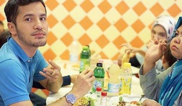 Jawapan Dato' Aliff Syukri Isu Chef Wan Tegur Makan Tepi Jalan