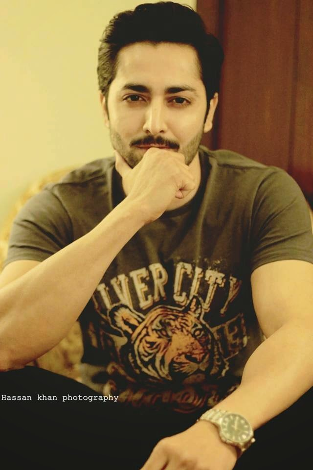 Danish Taimoor And Ayeza Khan New Pictures After Marriage