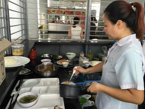 FPT Cầu Giấy Thay Đổi Nhà Thầu Cung Cấp Thức Ăn