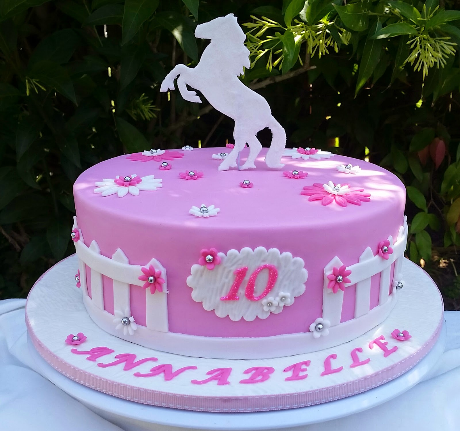 Cakes and Other Delights Giddy up.....Happy Birthday