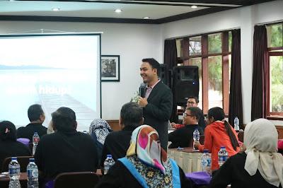motivator bisnis, motivator edvan m kautsar, motivator indonesia, motivator karyawan, motivator nasional, motivator pengusaha, motivator perusahaan, training motivasi, motivator indonesia