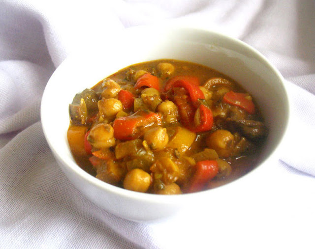 Creamy Chickpea and Portobello Mushroom Curry