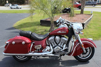 2016 Indian Springfield side view HD Pictures