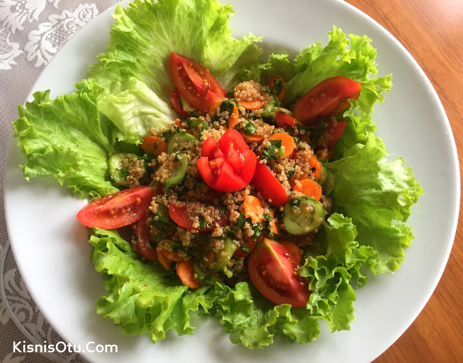 Maş Fasulyeli Kinoa Salatası Videosu