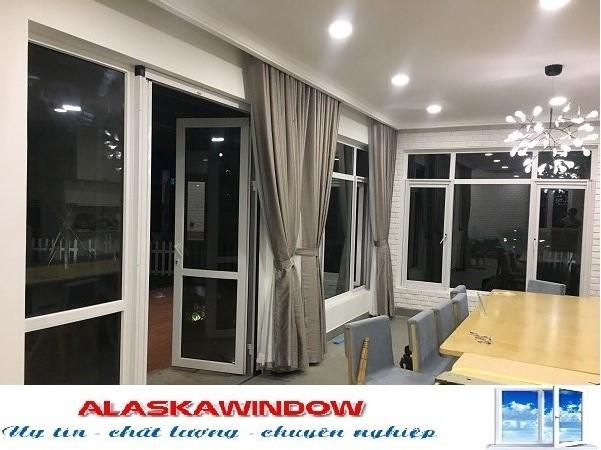 http://alaskawindow.vn/san-pham/cua-nhua-loi-thep-upvc/