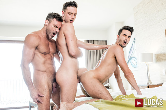 LucasEntertainment - AADEN STARK TAKES RAW DICK FROM MANUEL SKYE AND DAMON HEART