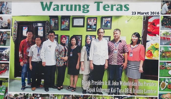 Presiden Joko Widodo saat Mengunjungi Warung Teras