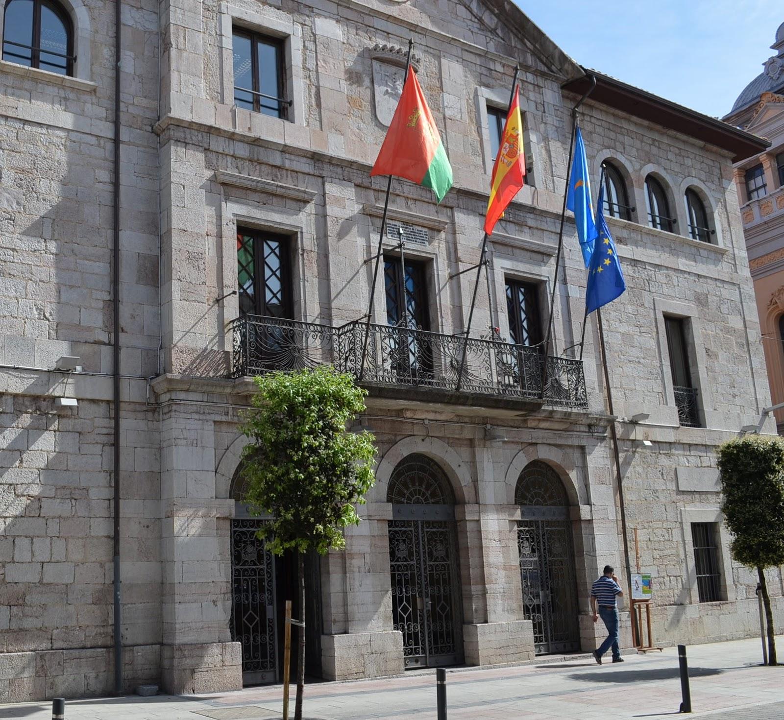 El Ayuntamiento De Llanes Pag 500 000 A Las Empresas Del Caso  # Muebles Bordas Colombres Asturias