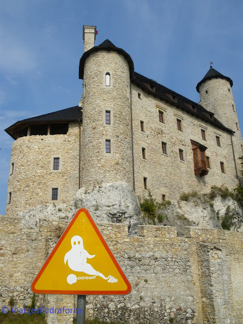 Zamek Bobolice, Ruta dels Nius d'Àguila, castell medieval, Polònia medieval, castell encantat, fantasma