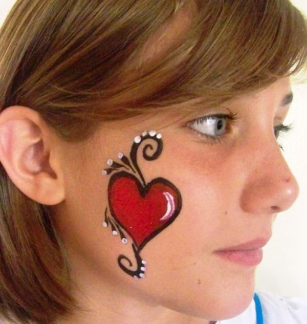 Simple Christmas Face Painting Cheek Designs