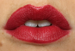 Rimmel Lasting Finish by Kate 15th Anniversary Edition Lipstick in Retro Red lip swatch