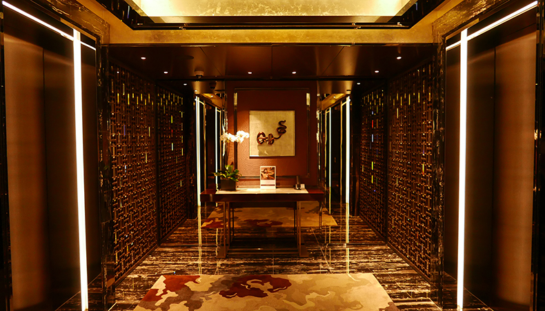 Euriental | fashion & luxury travel | Ritz Carlton, Hong Kong lobby