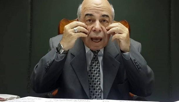 """""""مفكر إسلامي"""" مصري يطعن بـ""""البخاري"""": جاهل يكذب على النبي زورا وبهتانا"""