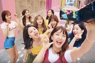 MV Likey Tembus 100 Juta View dalam 33 Hari, TWICE Kembali Pecahkan Rekor Black Pink