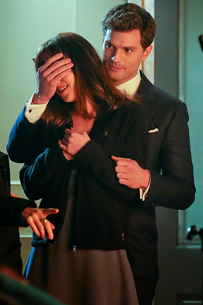 Jamie Dornan and Dakota Johnson on the set of 50 shades of gray