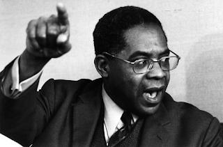 Pas de droits d'auteur cités. Source : https://www.africavivre.com/coups-de-coeur-a-lire/aime-cesaire-miriam-makeba-co-la-vie-des-grands-expliquee-aux-petits.html