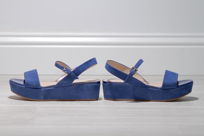 influencer con consejos sobre que zapatos utilizar en verano para ir comoda y bien vestida