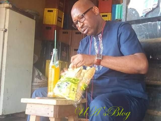 Niger State Governor, Abubakar Sani Bello Spotted Eating At A Mamaput In Minna (Photos)