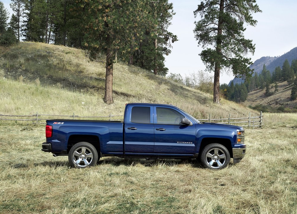 2014 Chevrolet Silverado blue double cab