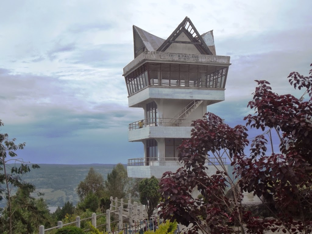 Menara Pandang, Tele Samosir.