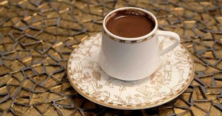 Türk kahvesi kahvesi içmek yağ yakımını arttıracaktır, fakat bunu abartmamak lazım.