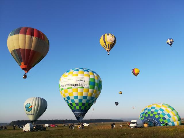 Despre libertate şi amintirea paradisului. Maramureş Balloon Fiesta în gânduri şi imagini