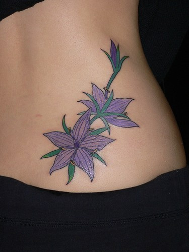 Exotic Flower Tattoos: Unique Tattoos: Exotic Girls Lower Back Tattos