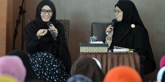 gadis cantik masuk islam (Mualaf) karena iklan sirup