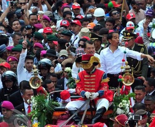Misteri Aneh Jokowi Jadi Presiden : Penampakan Makhluk Ghaib & Angka Tujuh