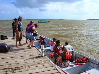 Embarcadero de Garti Tupile, Guna Yala, San Andrés, Panamá, round the world, La vuelta al mundo de Asun y Ricardo, mundoporlibre.com