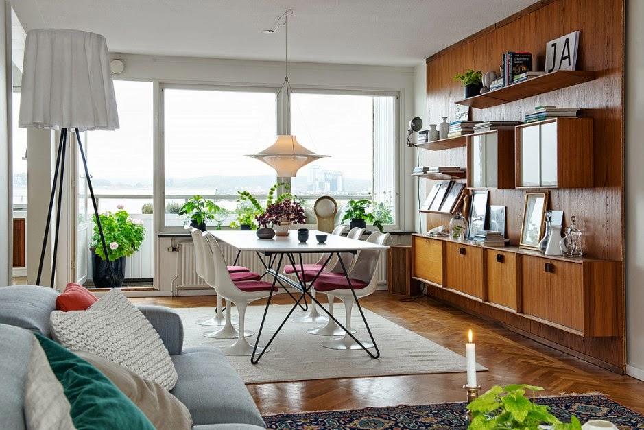 Interior de una casa acogedora en blanco for Decoracion de casas de 40 metros cuadrados