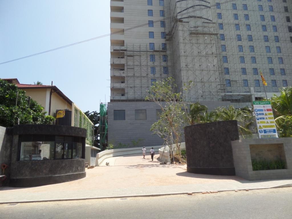Marriott weligama bay resort spa construction for Spa construction