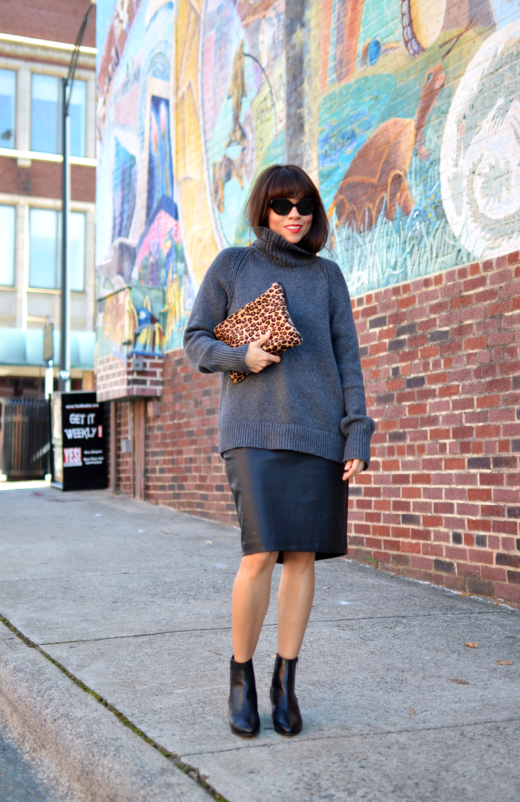 outfit with oversized sweater and pencil skirt