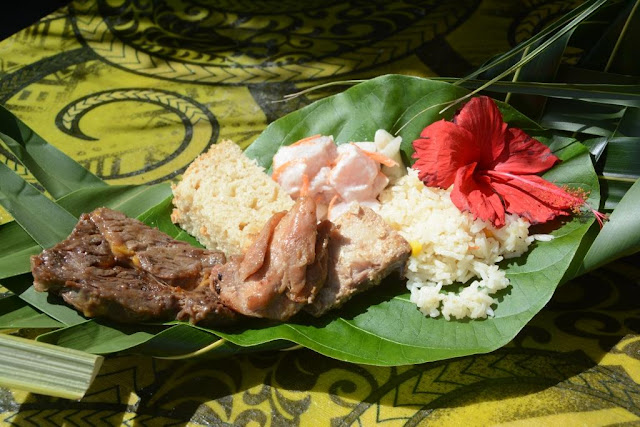 Kokos is het belangrijkste ingrediënt in Tahiti, picknick motu tahiti