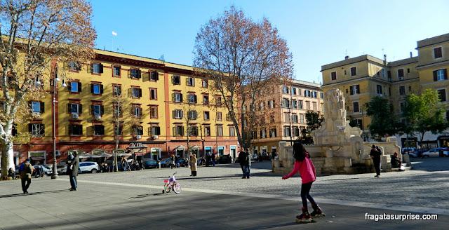Piazza Testaccio, o centro do bairro