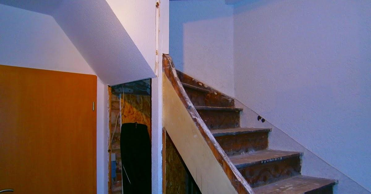 treppe renovieren selbstklebefolie treppe renovieren treppe aus holz glas und metall von der. Black Bedroom Furniture Sets. Home Design Ideas