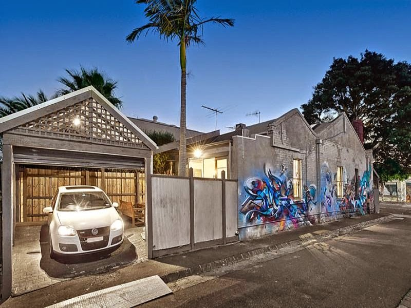 Blog meu rebuli o hist ria a casa dos graffitis for Casa minimalista historia