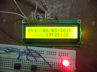 http://elecnote.blogspot.com/2015/03/arduino-real-time-clock-using-ds1307.html