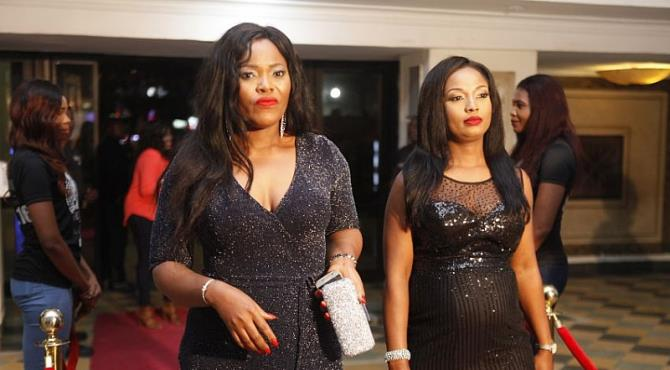 The star studded premiere of Nollywood Film Director, Chinedu Omorie's new movie -Silvertown took place recently at the Silverbird Galleria, Lagos. The event was attended by a good number of celebrities including stars in the movie. This glam event had in attendanceStephanie Linus and her husband Linus Idahosa, Seun Akindele, Anthony Monjaro,Tamara Eteimo, Kiki Omeili, Mr Patrick (comedian of the federal Republic ), Princess Chineke, Francis Onwuche and more. Silvertown which is written by Richard Odilu and produced by Vanessa Ogedy Mails is a new UK-Nollywood movie which revolves around Nigerian Peju [Nse Ikpe-Etim] who is faced with deportation after being denied asylum by British authorities. She goes into hiding by disguising as a nanny in the house of Emeka [Anthony Monjaro], a persuasive womanizer. Yinka [Seun Akindele], a dare devil imposter in the underworld of London gives her the methods she must follow in order to remain hidden but she decides to break out from Yinka's methods and everything spirals out of control. It's a story of betrayal and survival.