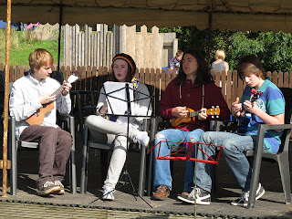 Malbank Ukulele Club at N'Ukes fest