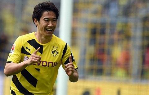 Từ tháng 7 năm 2010, Shinji Kagawa đến Đức chơi cho câu lạc bộ Dortmund.