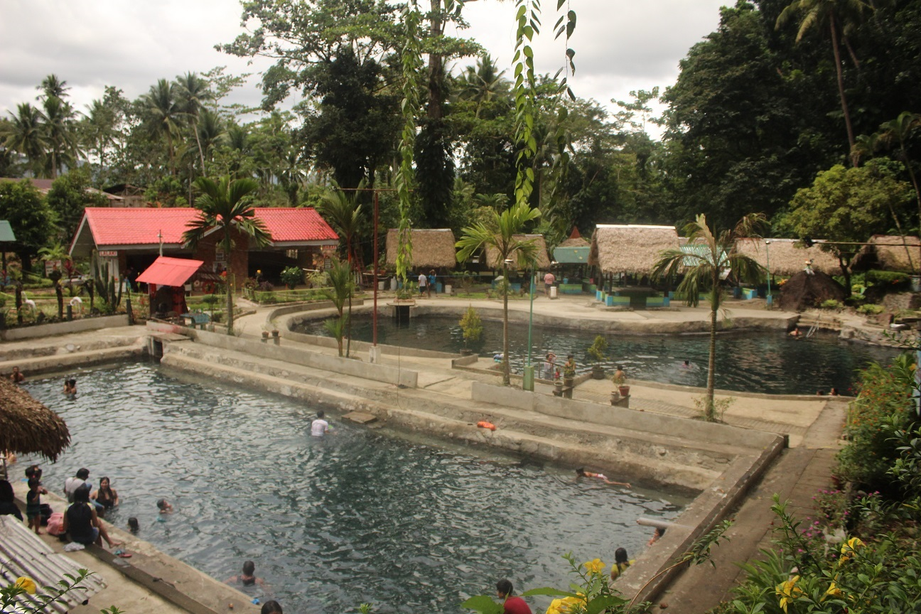 mateo hot and cold spring resort irosin sorsogon