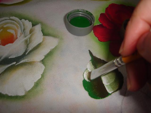 pintura em tecido folha pap